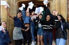 侨外海外教育:英国高考A-level放榜,中国学生录取人数猛增32%