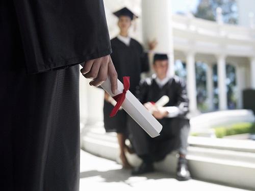 美国研究生(硕士)申请条件及费用